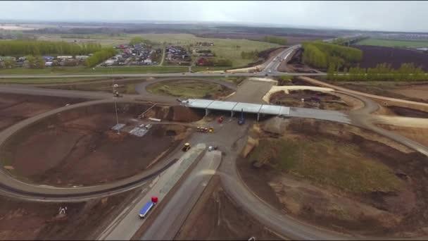Výstavba nové dálnice v leteckém zobrazení