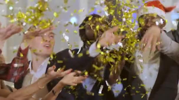Close-up Happy firemní hra s konfety