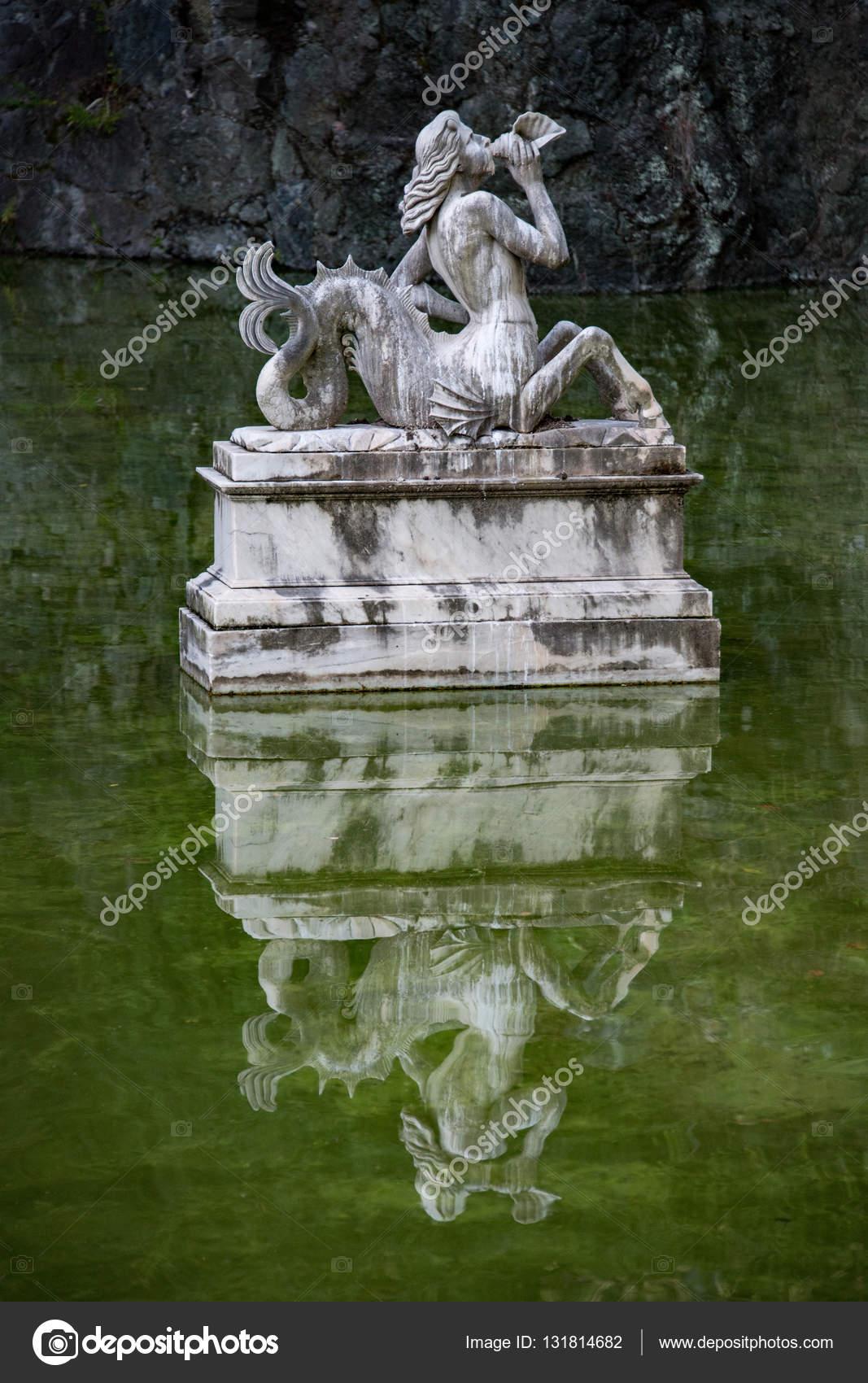 chinesischer Garten Brücke-Detailansicht — Stockfoto © izanbar ...