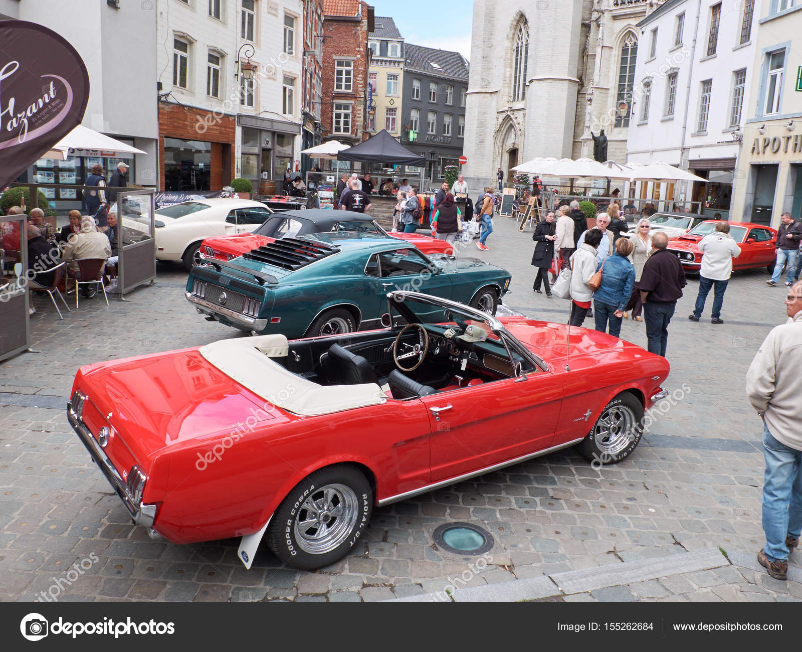 Collectors meeting of classic cars and muscle cars – Stock Editorial ...
