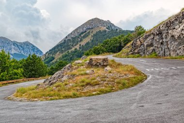 Mountain road curvature