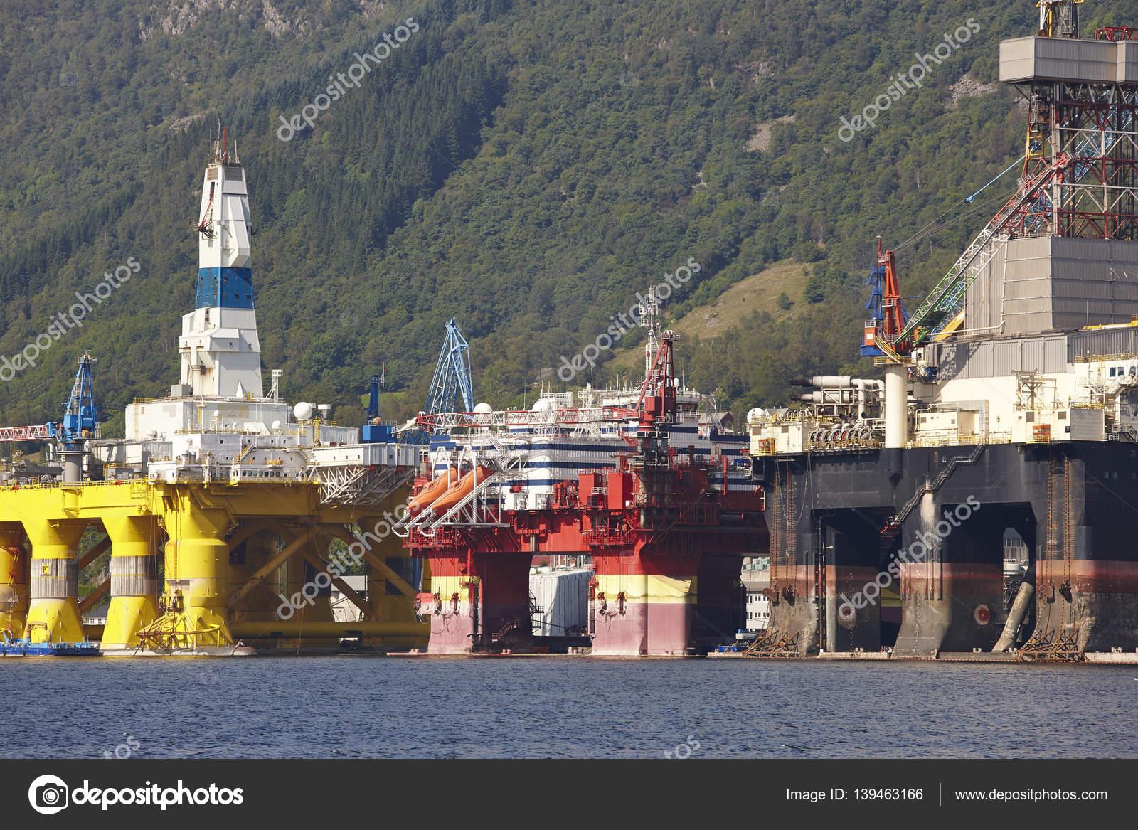 Piattaforma di petrolio e di gas in norvegia industria di for Piani di piattaforma di piattaforma