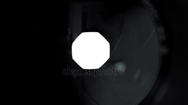 Kamera-Objektiv-ändern-Öffnung