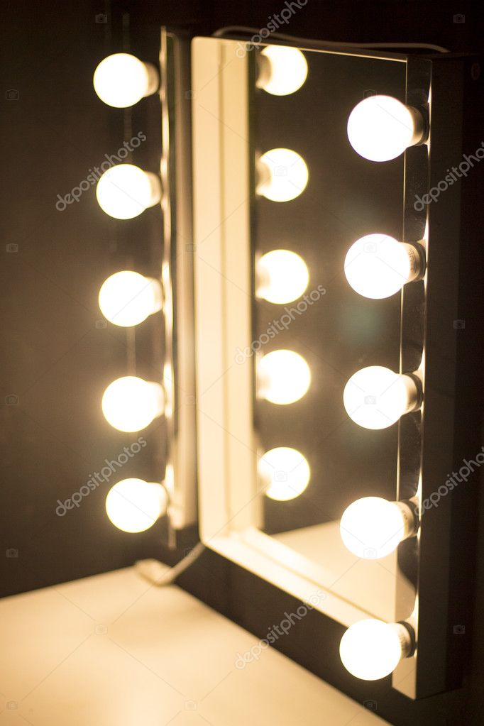Studio make-up tafel spiegel verlichting — Stockfoto © edwardolive ...