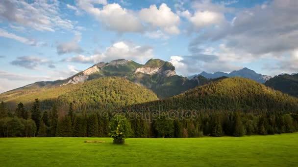 Východ slunce krajina v horských časosběrné video, Tatranská Javorina, Slovensko