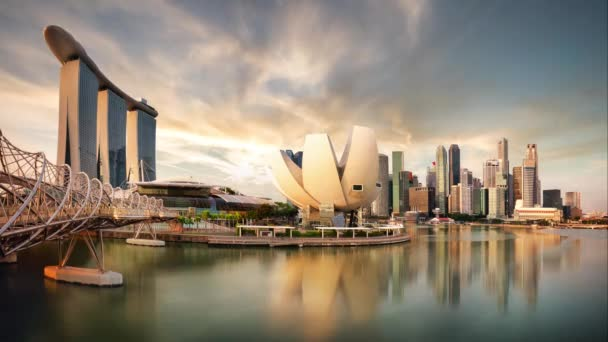 Singapore sunset city skyline at business district, Marina Bay - Time lapse
