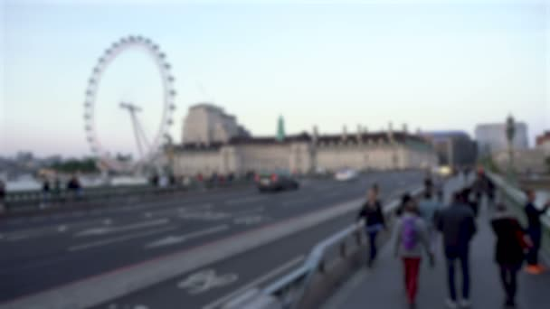 Homályos Westminster Bridge és London Eye a londoni Sunseten