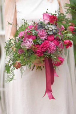 pink wedding bouquet close-up view