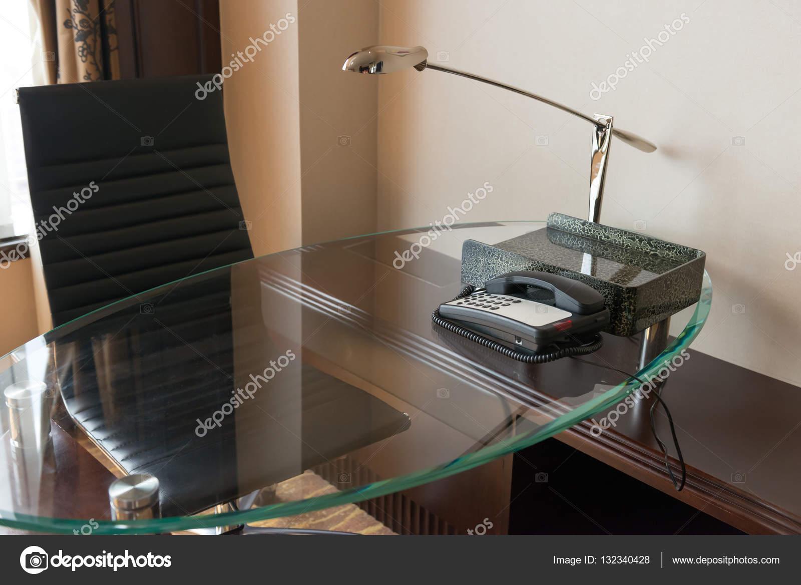 Bureau dans une chambre dhôtel dans la zone de travail