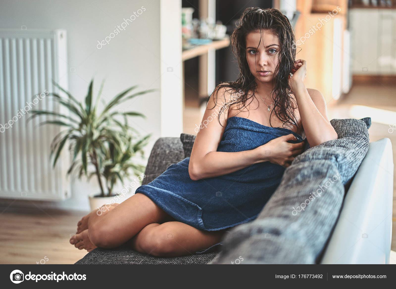 Chinese girls nude photos