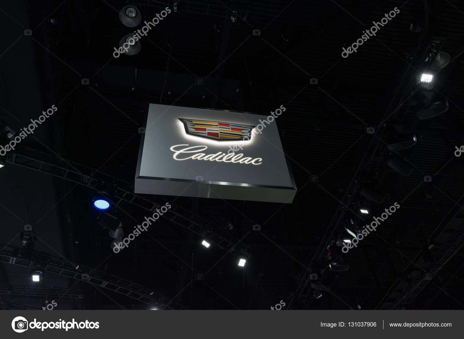 Cadillac Logo On Display Stock Editorial Photo C Bettorodrigues