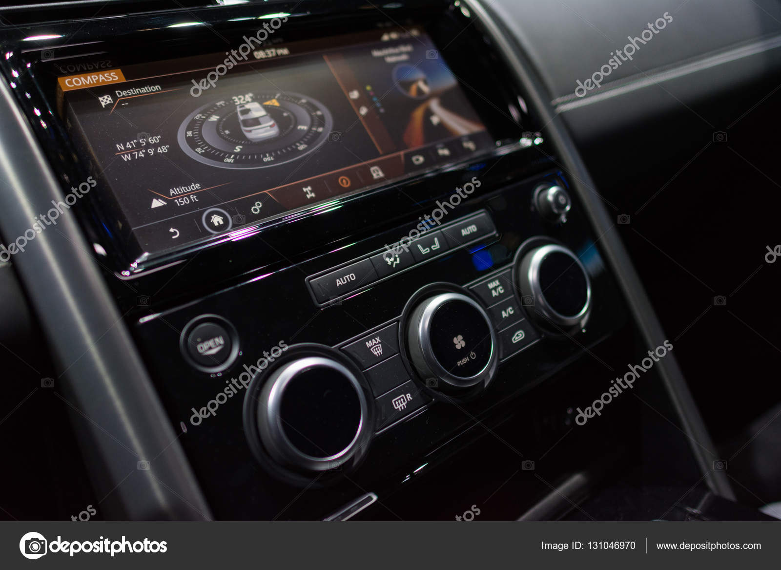 Land Rover Discovery Interior U2014 Stock Photo