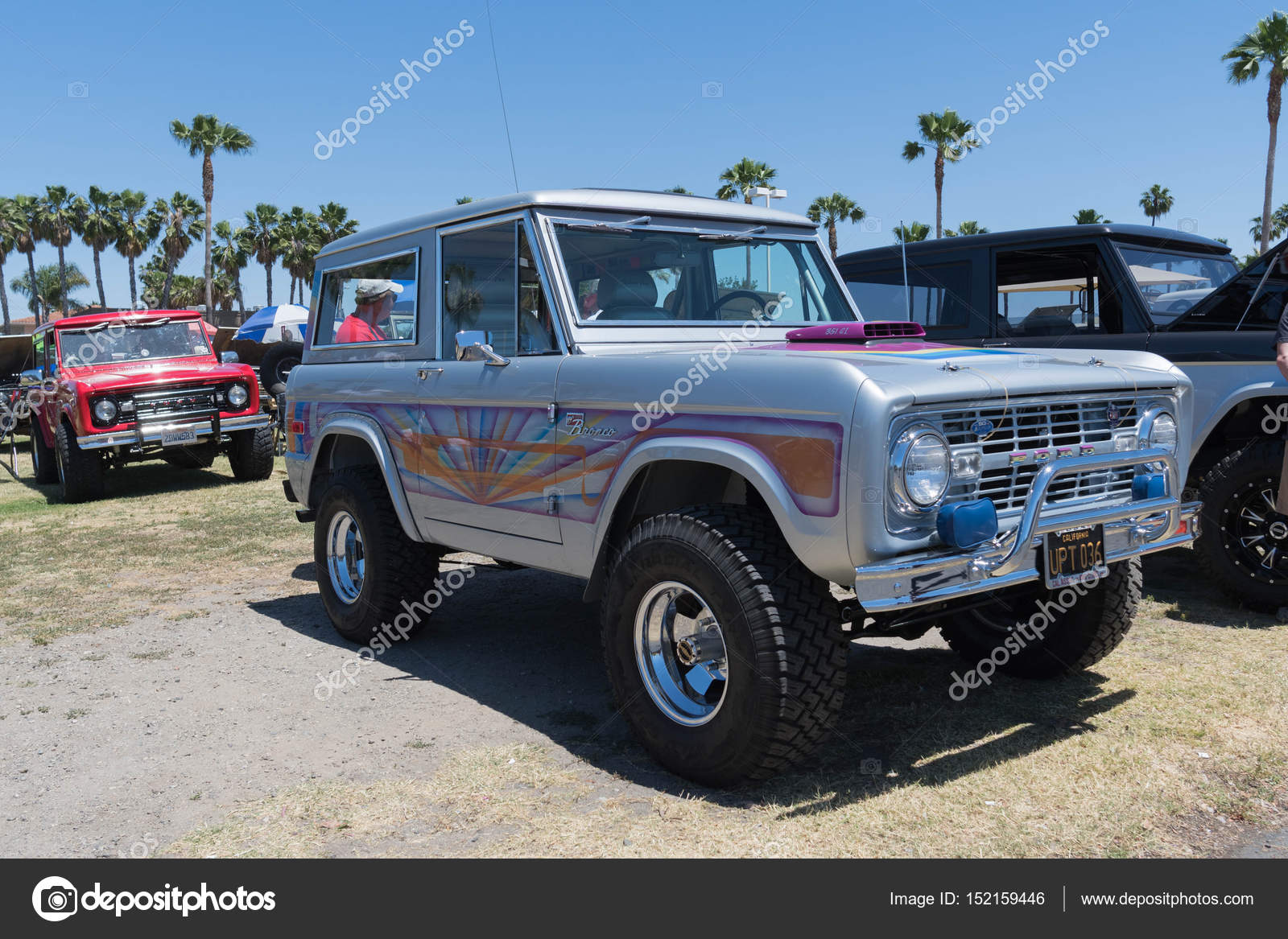 2017 Ford Bronco >> Ford Bronco On Display Stock Editorial Photo C Bettorodrigues