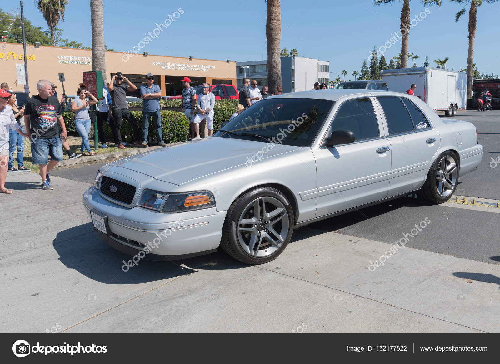 Ford Crown Victoria 2017 >> Ford Crown Victoria On Display Stock Editorial Photo
