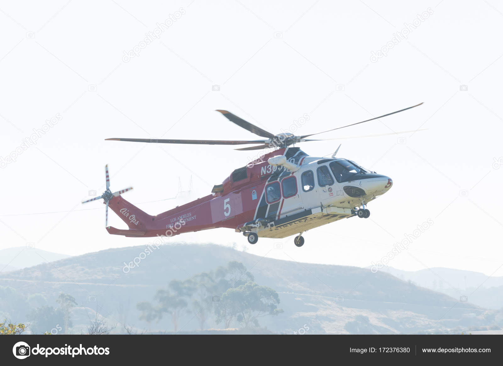 Elicottero 139 : Elicottero di los angeles fire agustawestland aw139 airbus h125