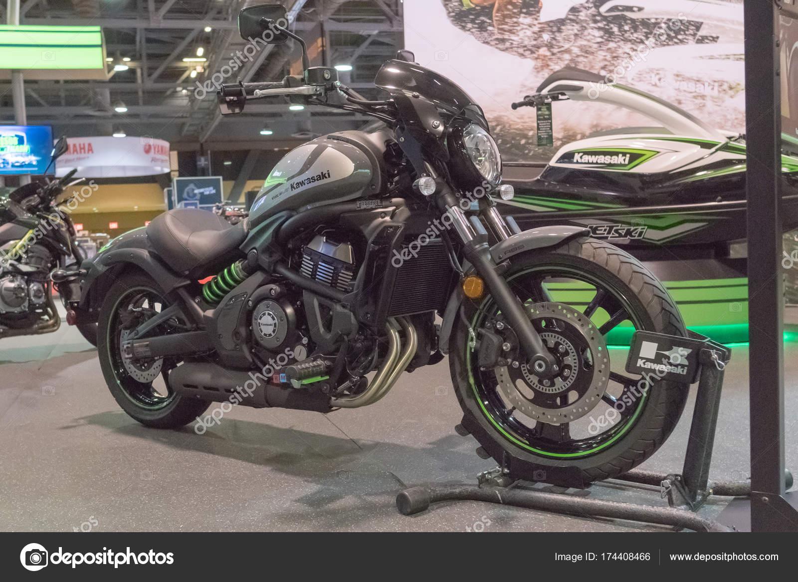 Kawasaki Vulcan S Em Exposição Fotografia De Stock