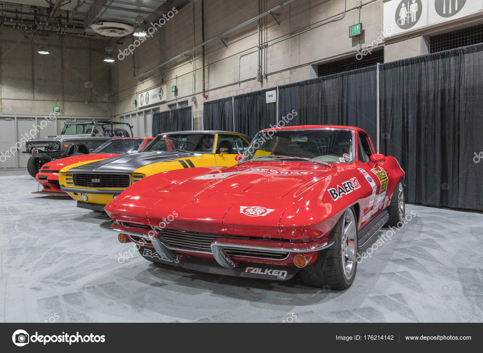 Muscle Car Garage On Display During La Auto Show Stock Editorial