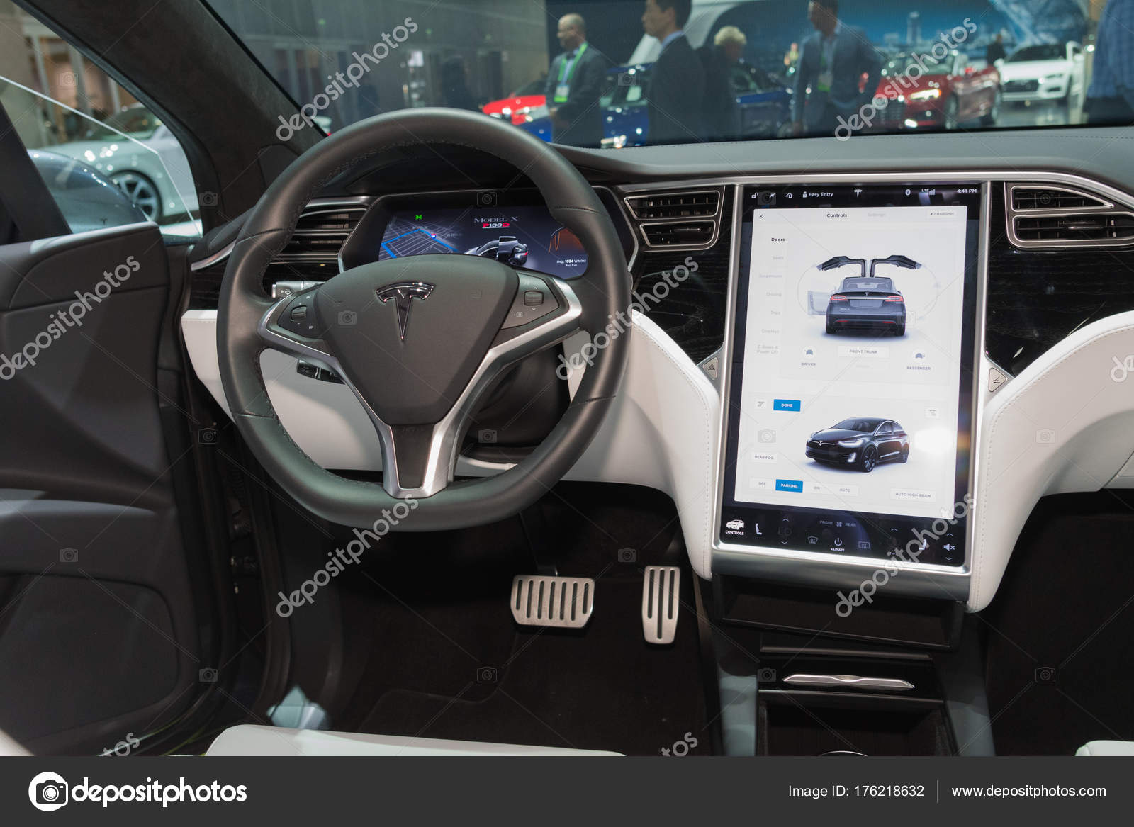 Tesla Model 3 interior on display during LA Auto Show — Stock Photo