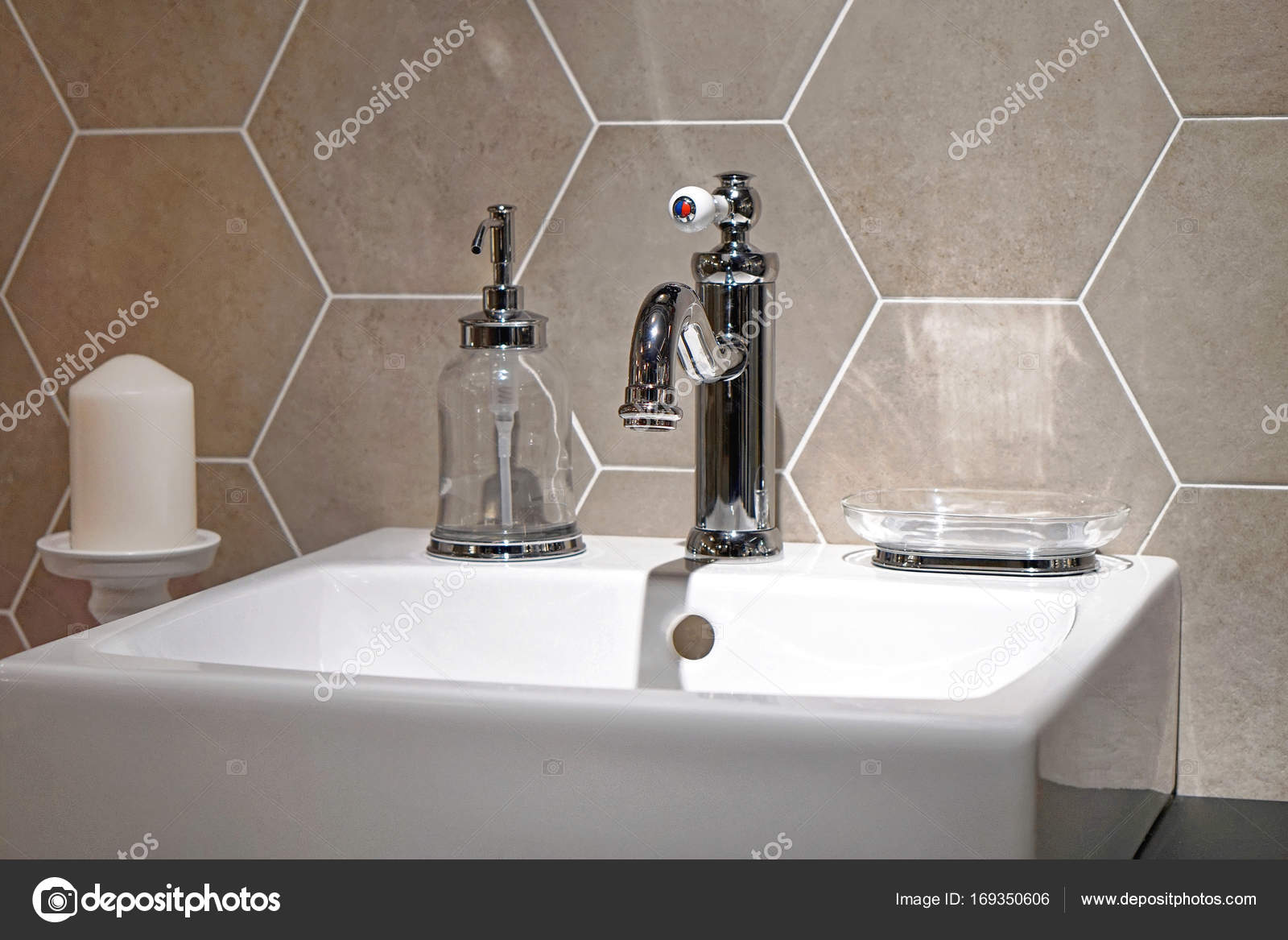 Retro bathroom faucet — Stock Photo © Bradatata #169350606