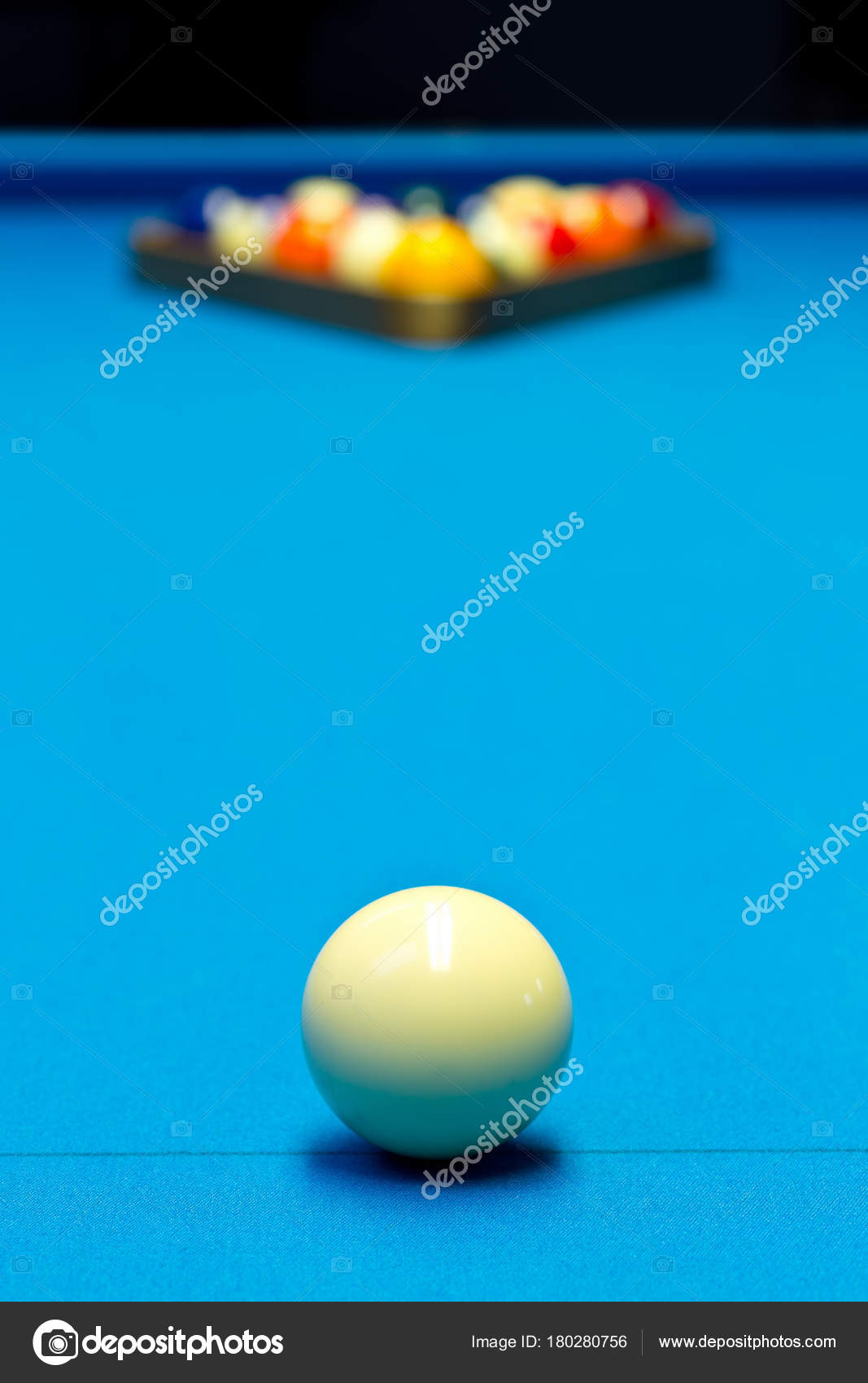 Billiard Pool Game Eight Ball Setup On Billiard Table Stock Photo - How to set up a pool table