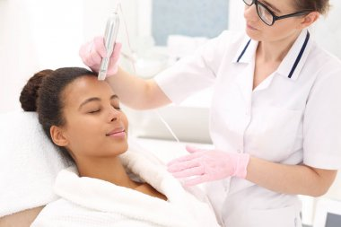 Micro needle mesotherapy treatment
