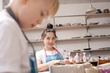 Manual workshops for children, clay molding