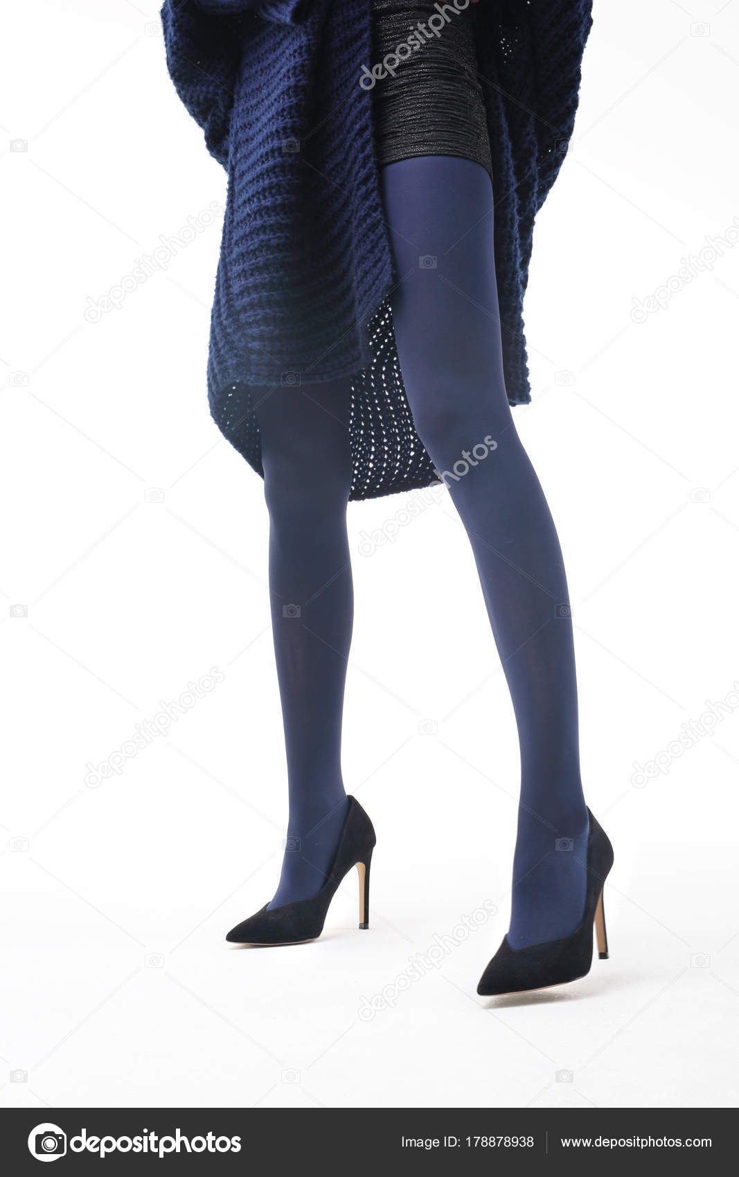 d5a9b2d3642 Navy Tights Beautiful Shapely Legs Woman Opaque Tights — Stock Photo ...