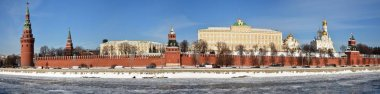Winter panorama of the Kremlin embankment in Moscow.