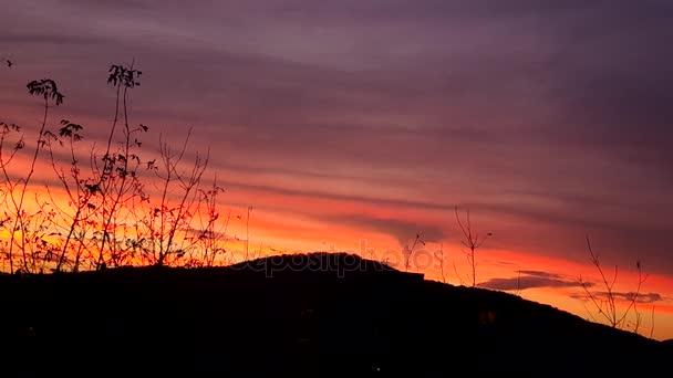 Krásný západ slunce obloha a mraky večer