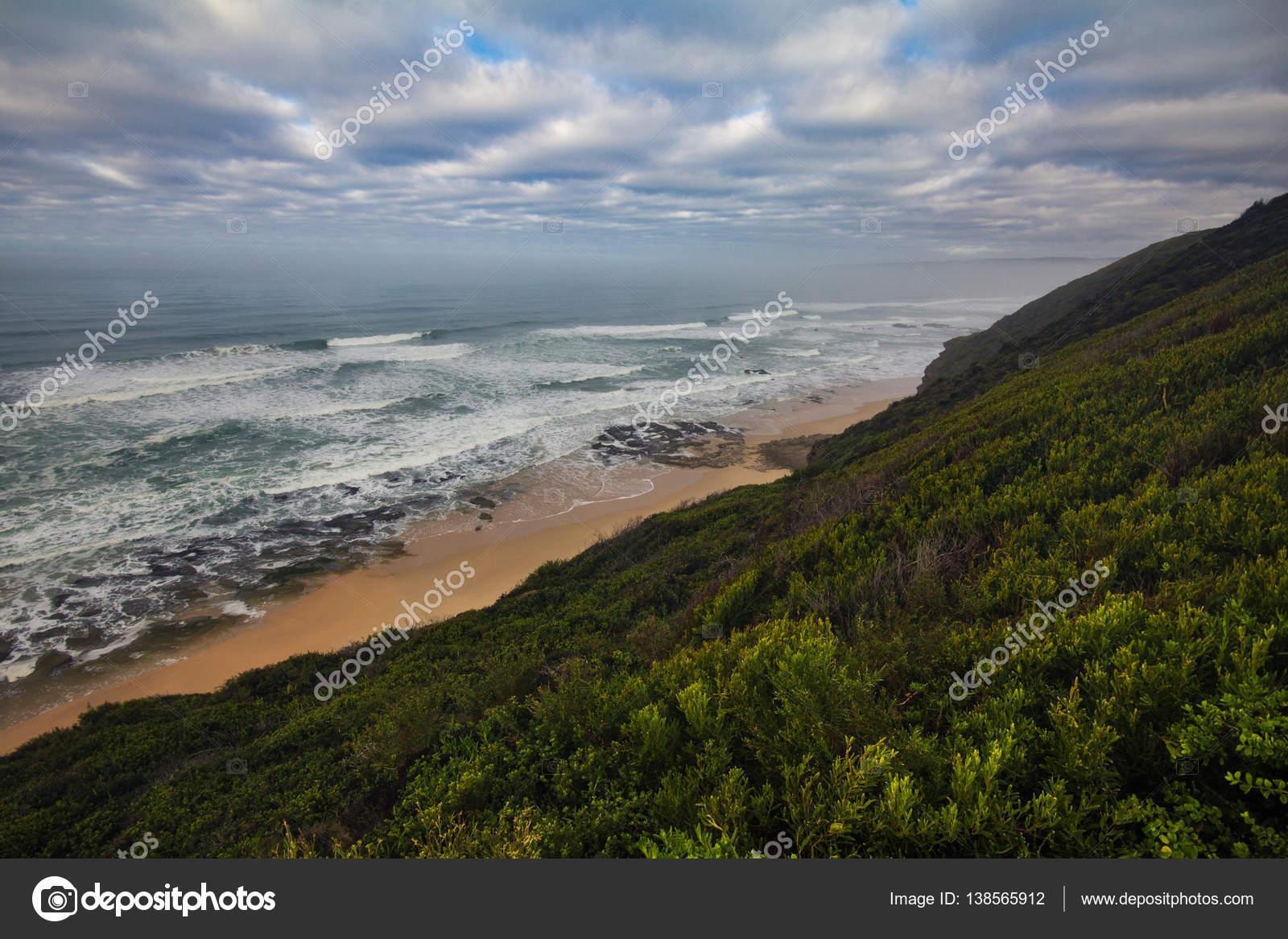 Wild coast along Garden Route, South Africa — Stock Photo ...