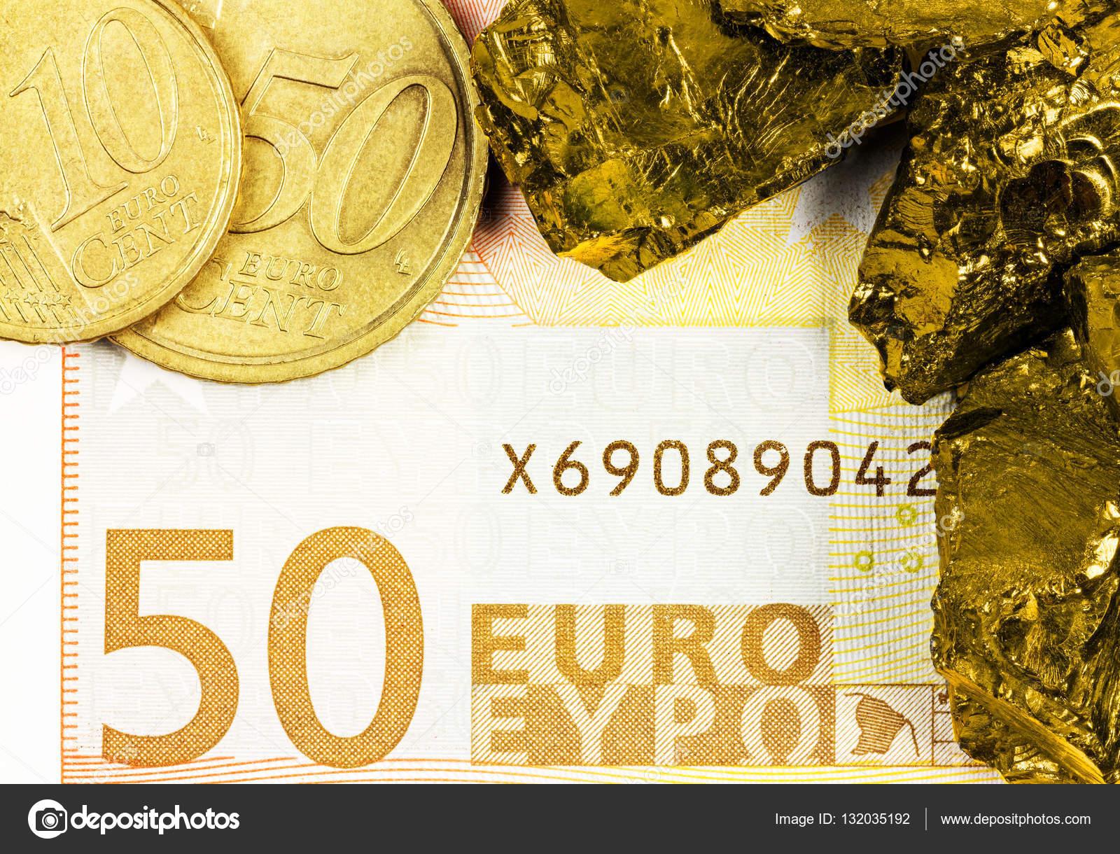 50 Euro Banknote Mit Euro Münzen Und Rohen Golden Nuggets