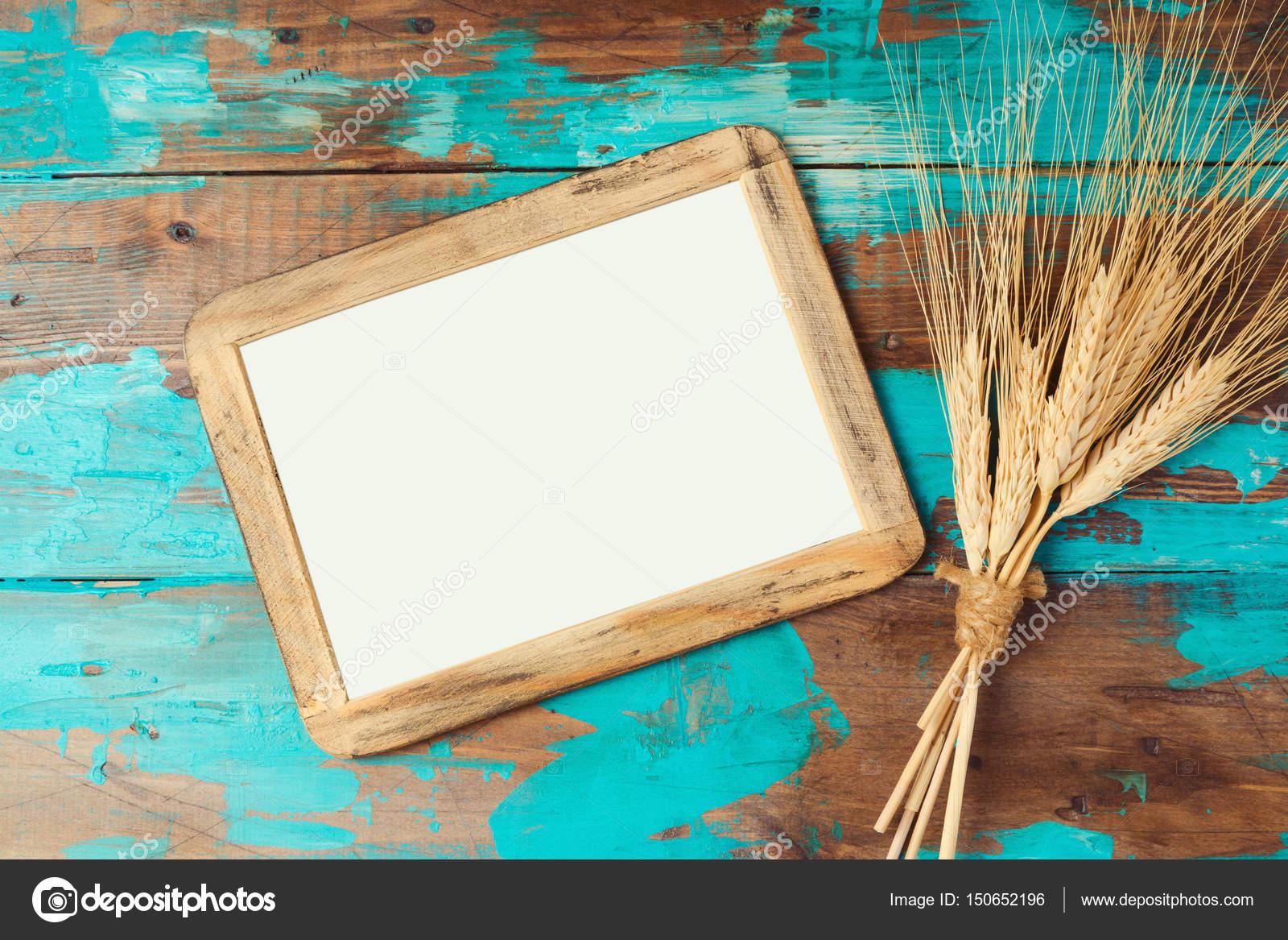 Plakat-Rahmen und Weizen-Ernte — Stockfoto © maglara #150652196