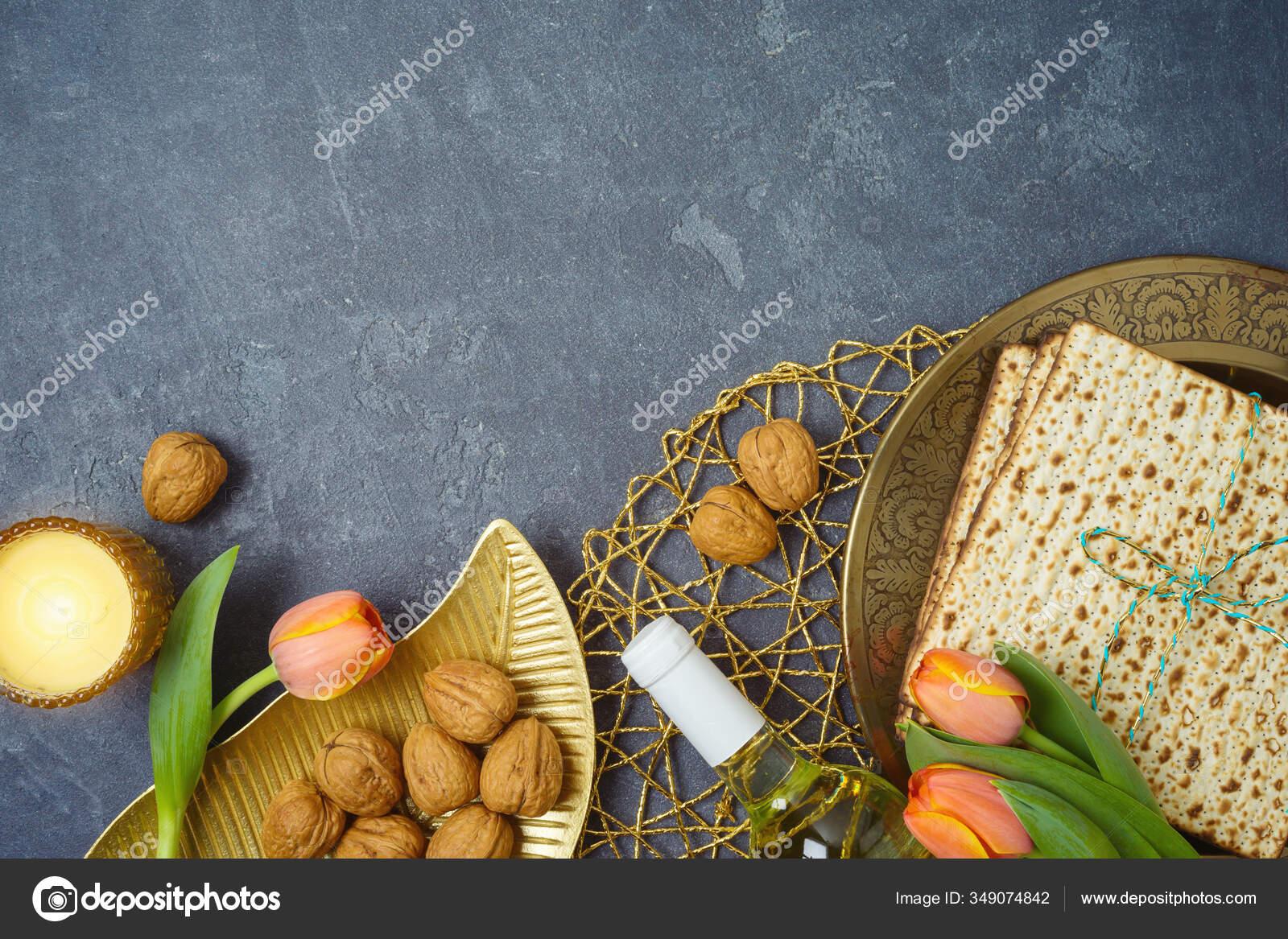 Jewish Holiday Passover Background Matzo Seder Plate Wine Tulip Flowers Stock Photo Maglara 349074842