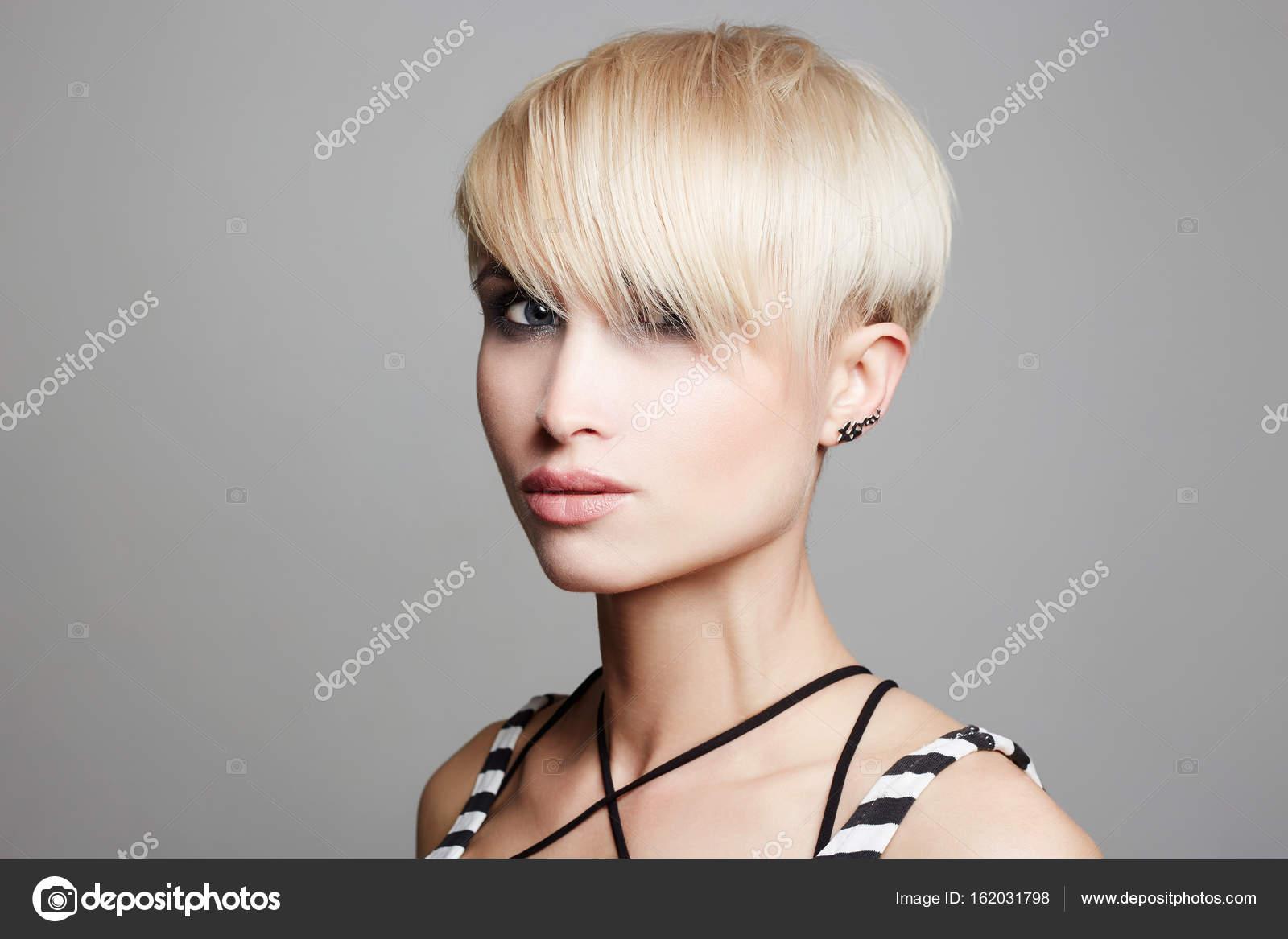Cortes de pelo corto tenido