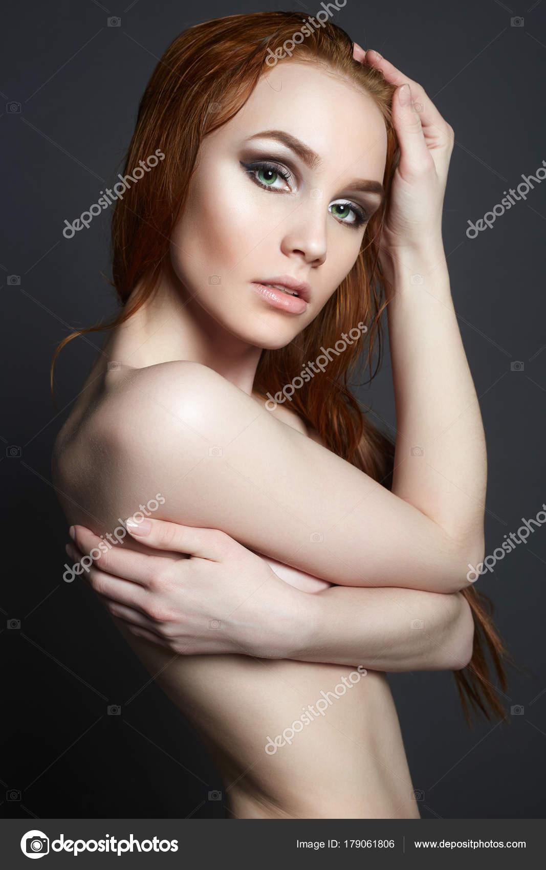 obrázky nahých krás
