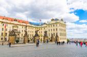 Praha, Česká republika, 13. května 2019: Matyášova brána Nového královského paláce Nový kralovský palác