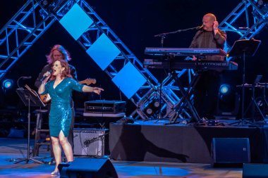 Orlando, Florida. November 01, 2019. Sheena Easton and her musicians playing at Eat to the Beat Festival at Epcot (30)