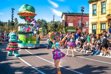 Orlando, Florida. December 07, 2019. Rosita , Elmo and dancers in Sesame Street Christmas Parade at Seaworld (50).