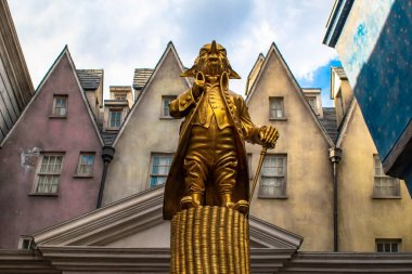Orlando, Florida. March 02, 2020 . Statue of Gobling in The Wizarding World of Harry Potter Diagon Alley (2)