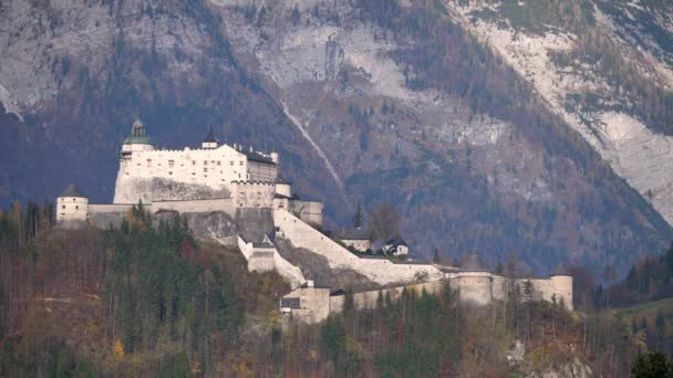 Hohenwerfen kastély, egy középkori szikla erőd Werfen, Salzburg, Ausztria