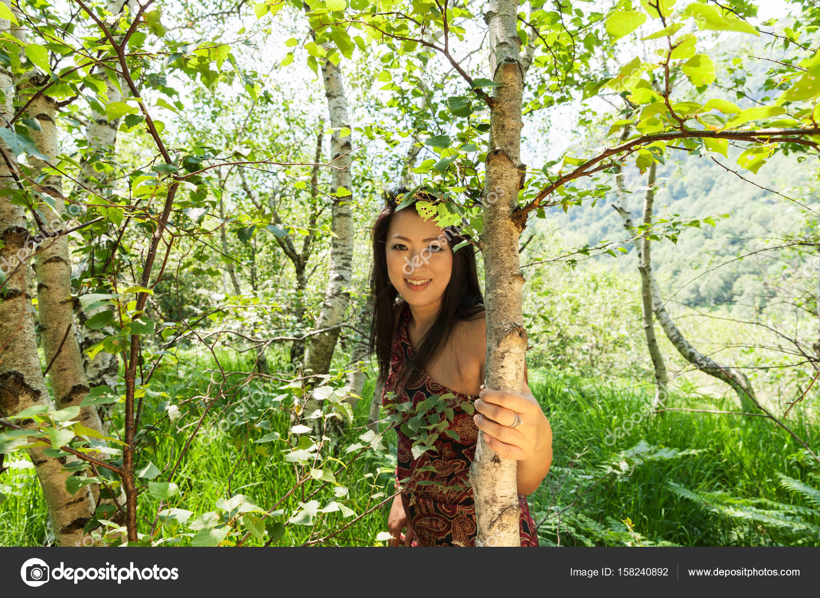 girl forest Asian