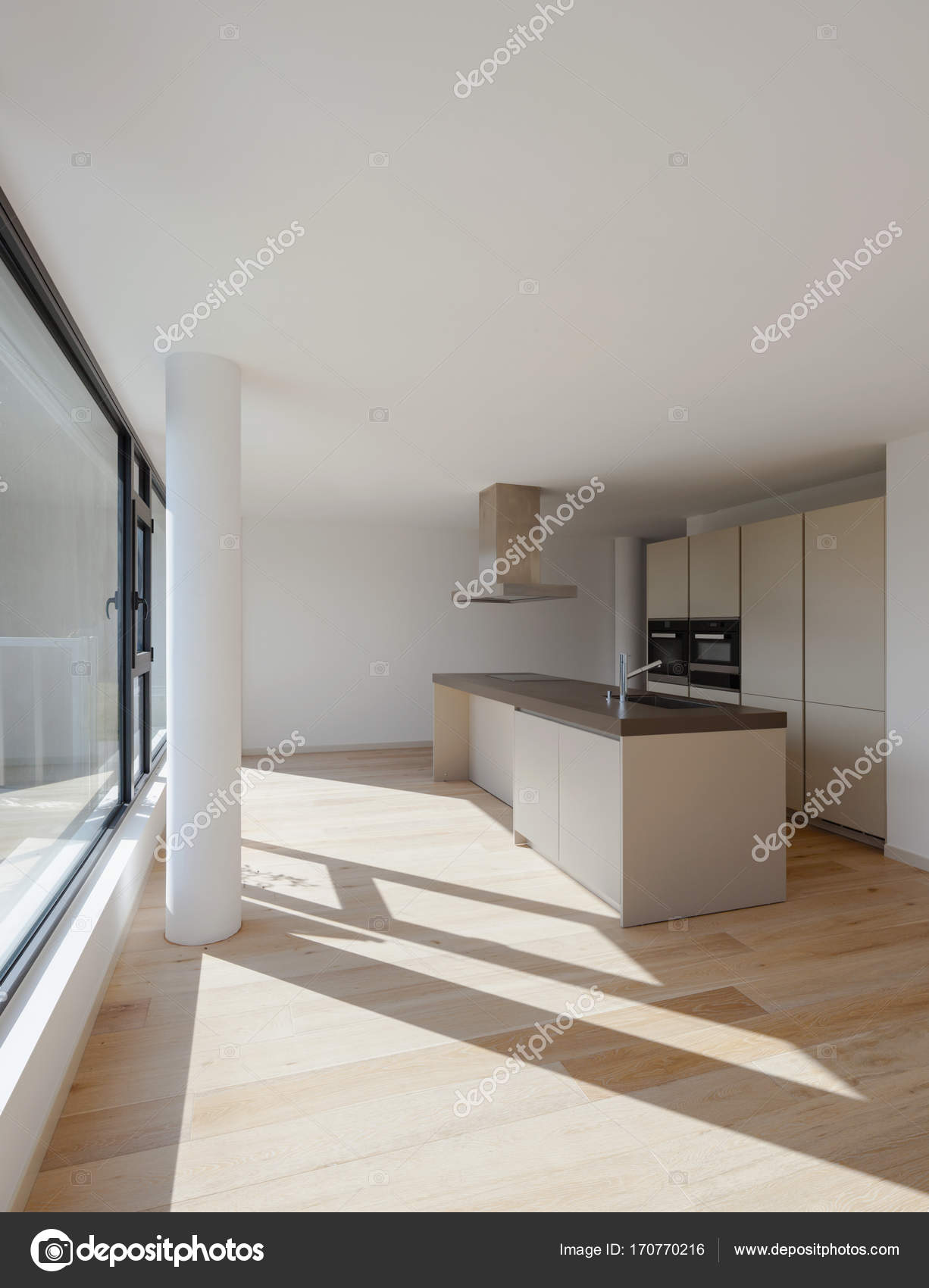 Interieur eines modernen Hauses, nur ein Zimmer leer — Stockfoto ...