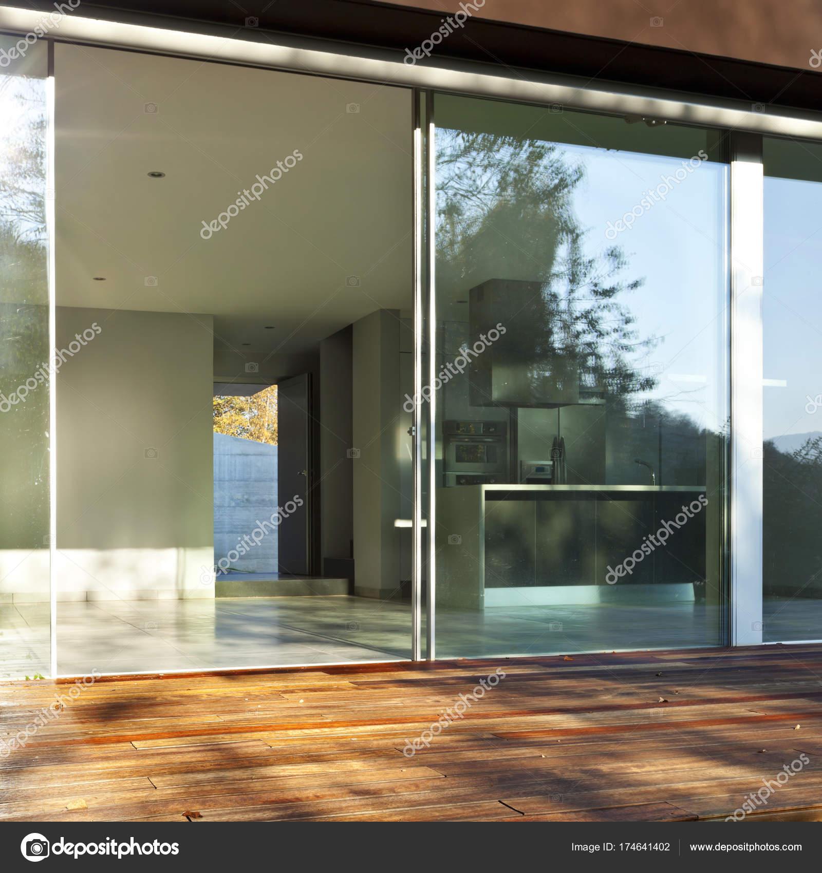 Modernes Haus Innenräume, niemand — Stockfoto © Zveiger #174641402