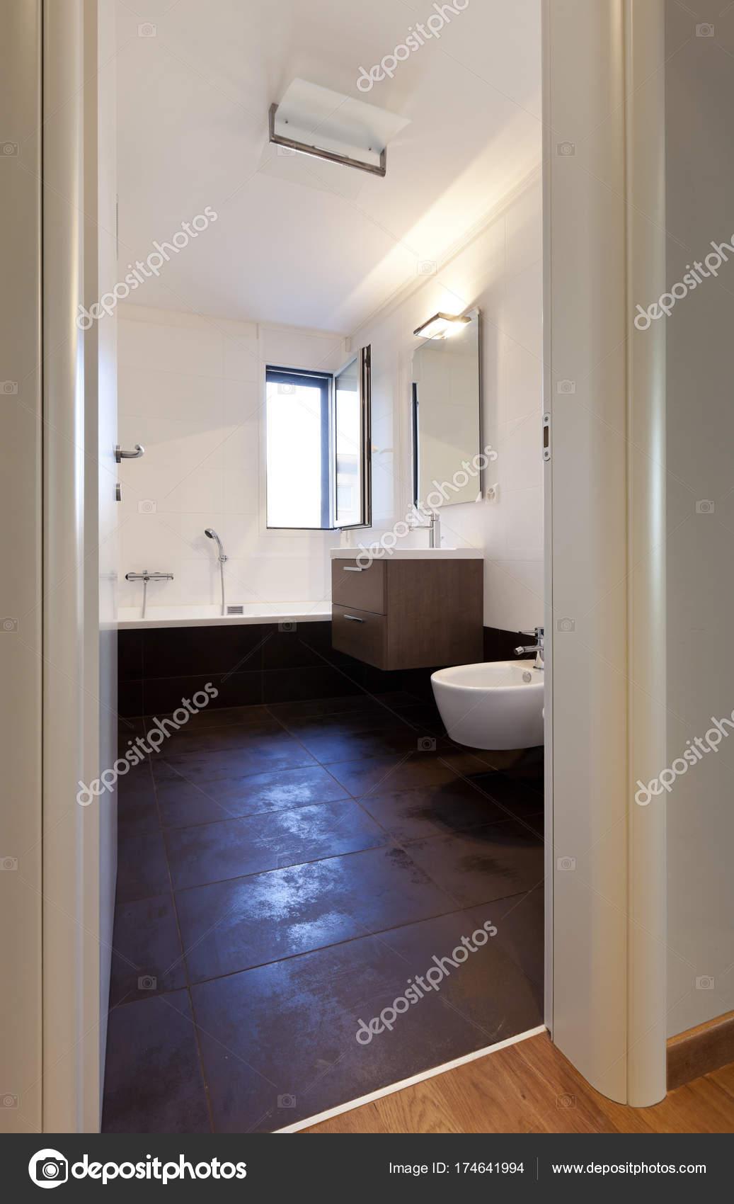 Modernes Haus Innenräume, niemand — Stockfoto © Zveiger #174641994