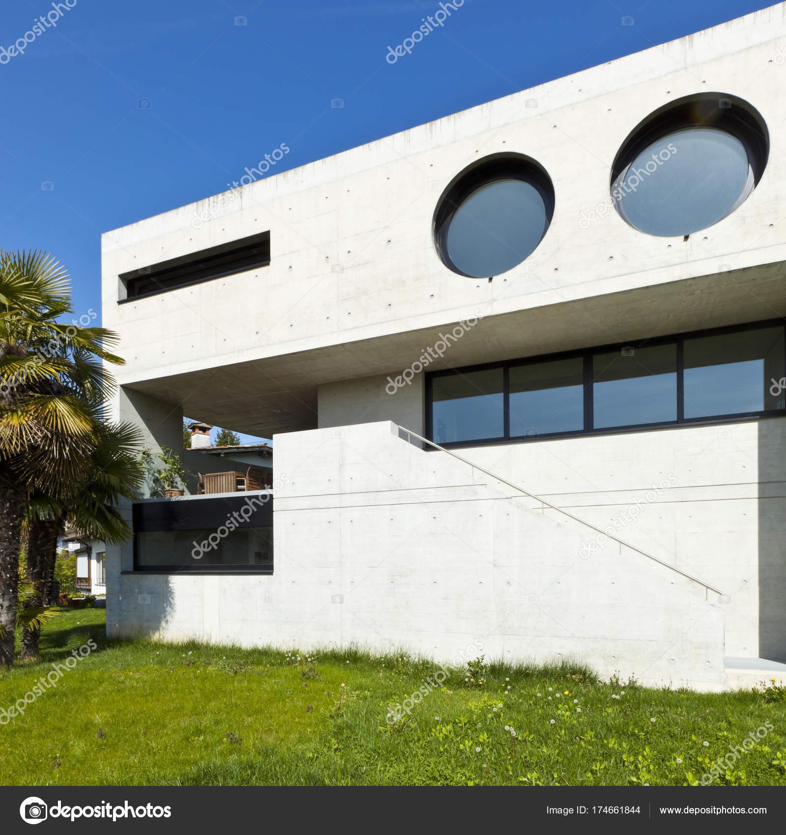 Belle Maison Moderne Façade Extérieure Ciment — Photographie Zveiger ...