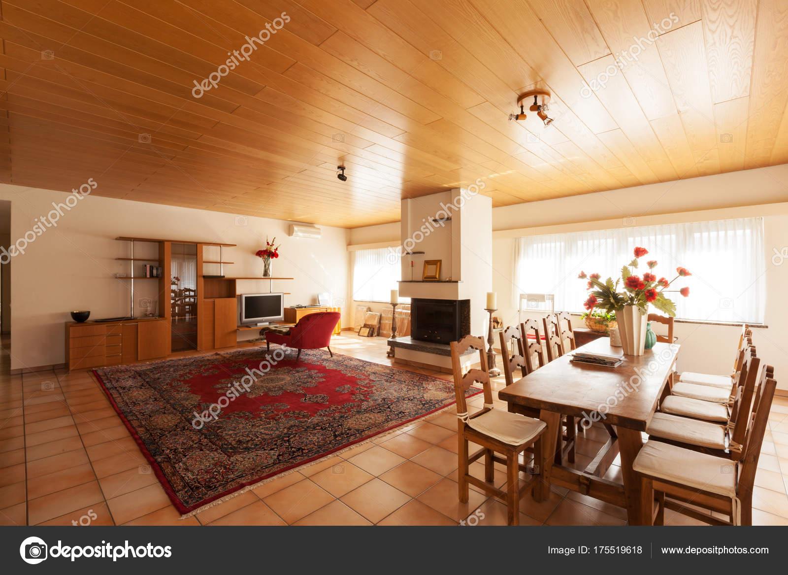 modernes Haus Innenraum, Wohnzimmer — Stockfoto © Zveiger #175519618