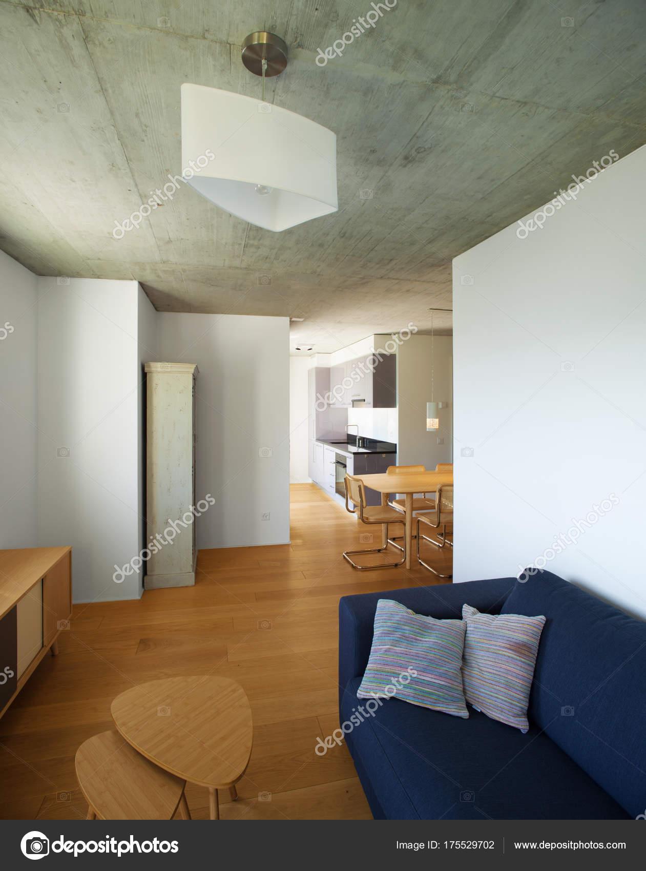 Modernes Haus, Design des Interieurs — Stockfoto © Zveiger #175529702