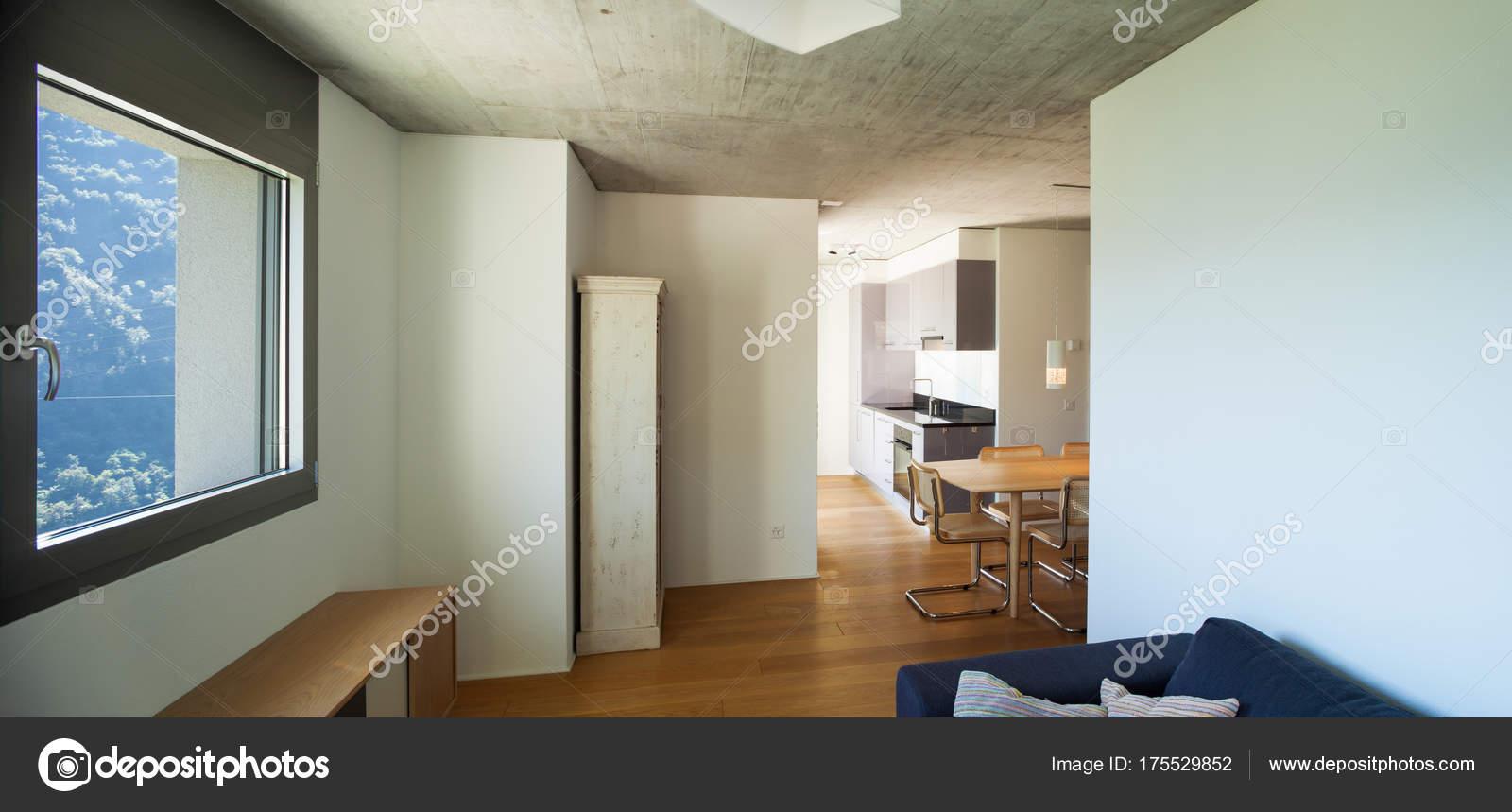 Modernes Haus, Design des Interieurs — Stockfoto © Zveiger #175529852