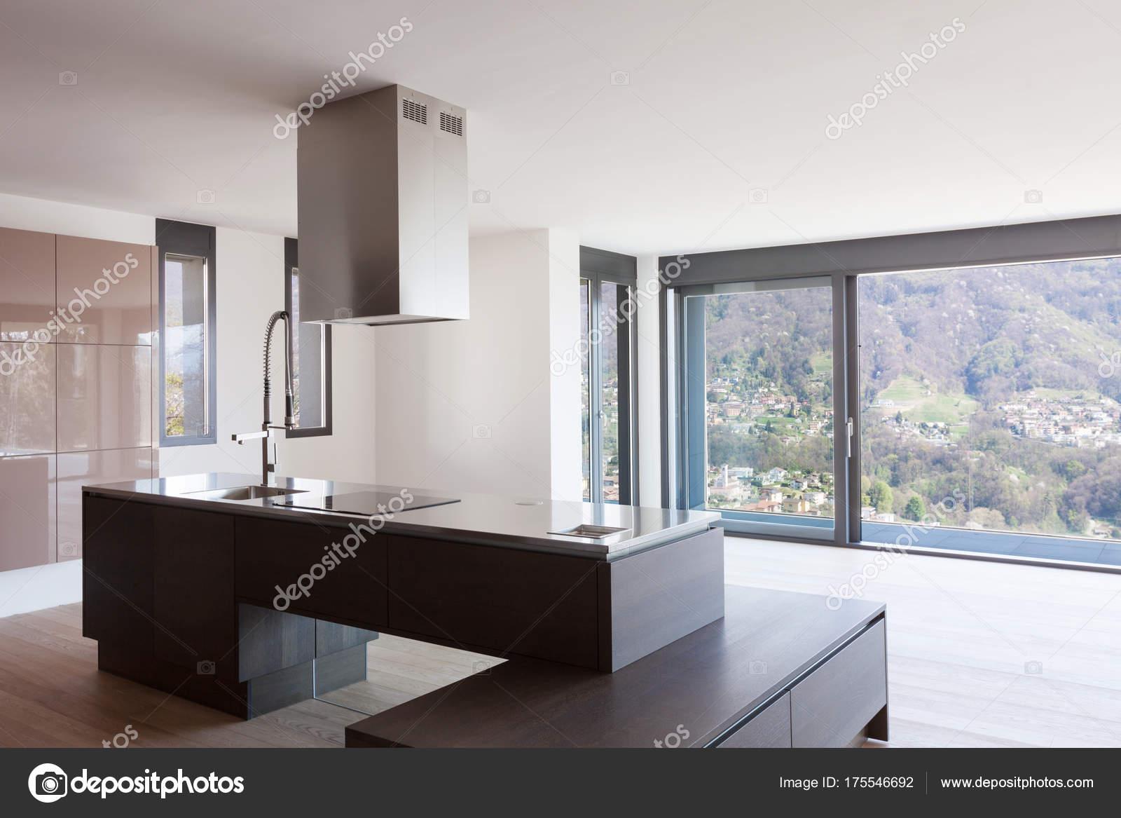 Cozinha Moderna Com Vista Fotografias De Stock Zveiger 175546692