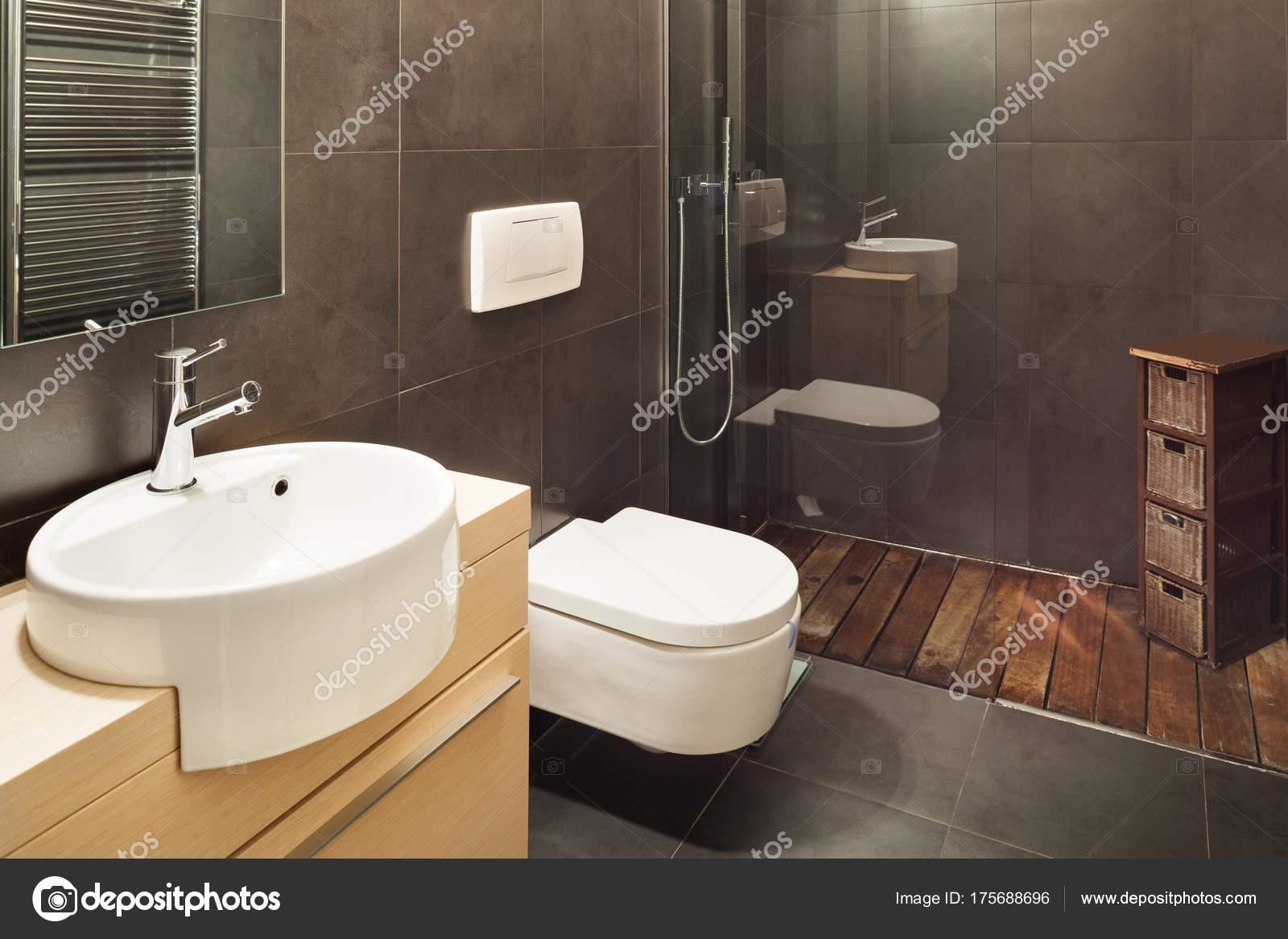 Salle De Bain Foncee ~ maison moderne salle de bains fonc photographie zveiger 175688696